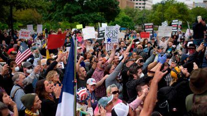 Honderden Amerikanen demonstreren tegen lockdown, Trump steunt versoepeling maatregelen