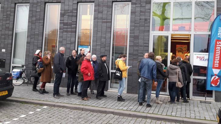 LIVE   Opkomst stijgt boven 30 procent in Den Bosch en Tilburg, iets hoger dan vier jaar geleden
