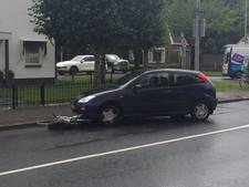 Fietser in Oldenzaal gewond bij botsing met auto