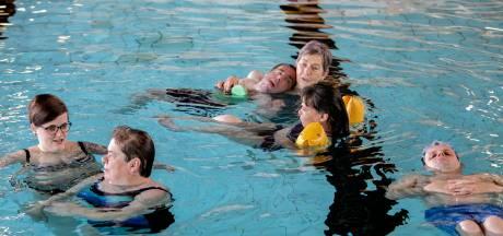 Gaat zwemuurtje van Deurnenaren met een beperking ten onder aan de regels?