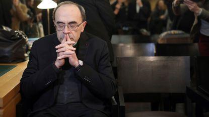 Franse kardinaal beschuldigd van wegmoffelen van seksueel misbruik: vonnis volgt in maart