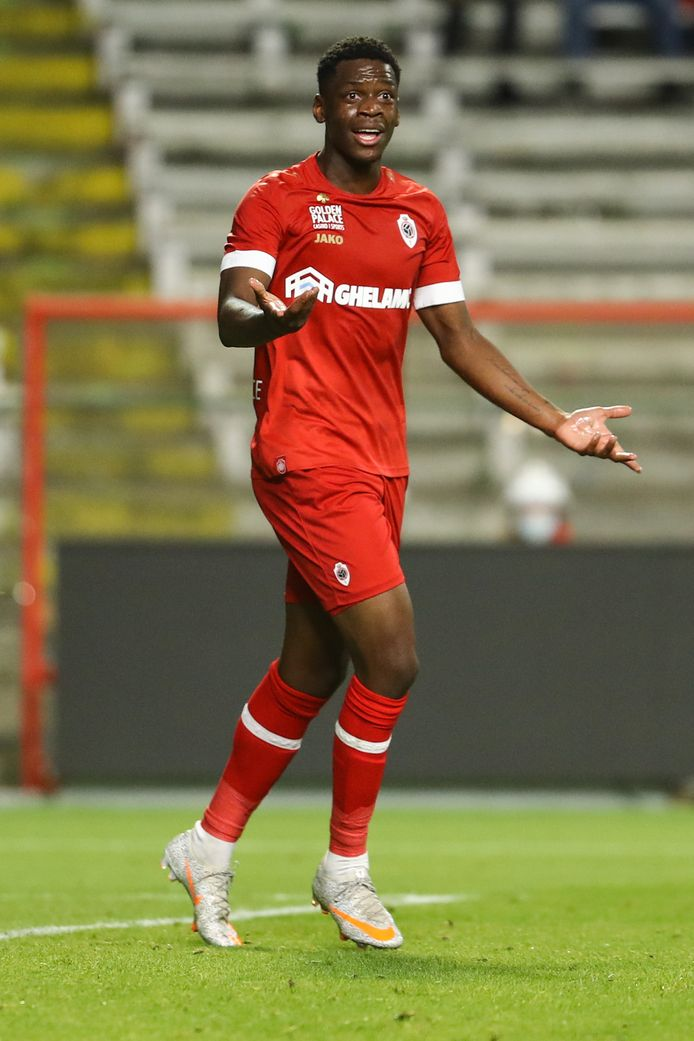 Bruny Nsimba was vorig weekend wel héél dicht bij z'n allereerste doelpunt op het hoogste niveau.