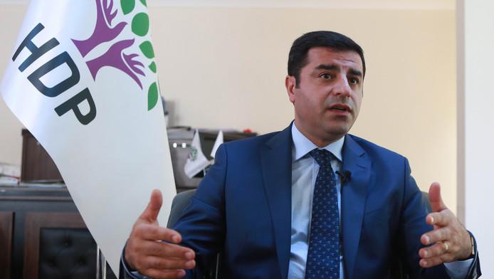 HDP-leider Selahattin Demirtas op archiefbeeld