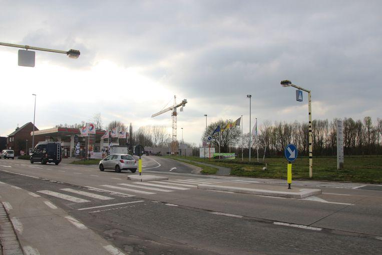 Om voetgangers veilig te laten oversteken worden al sinds 2015 verkeerslichten met een drukknop beloofd.