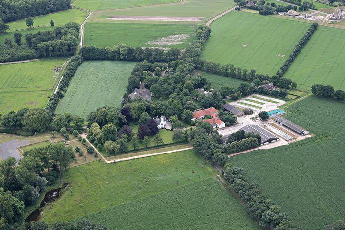 Hof van Cranendonck vanuit de lucht