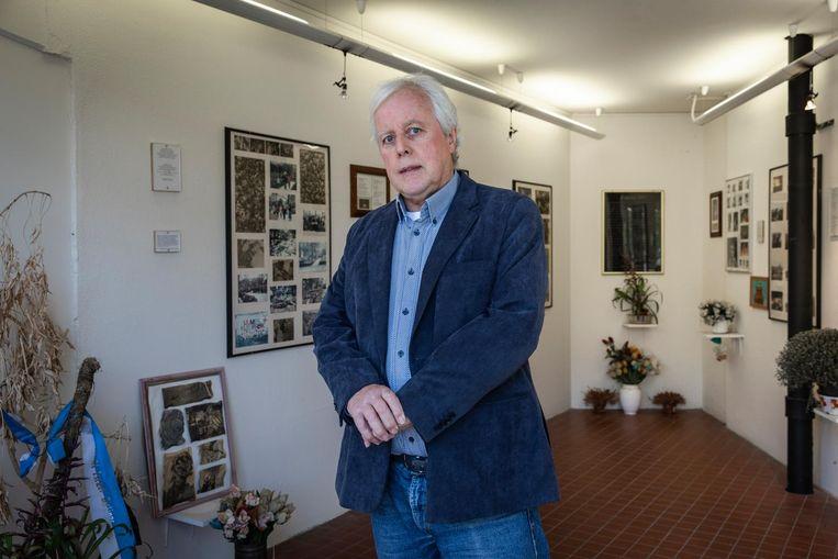 Henk van de Belt is beheerder van de herdenkingsruimte in de flat Kruitberg en hoopt dat er een permanente ruimte komt voor een expositie over de Blijmerramp Beeld Dingena Mol