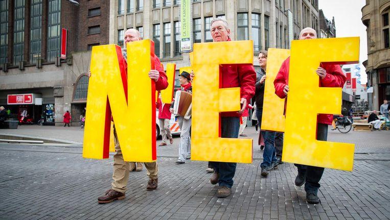 SP-leden tijdens een SP-demonstratie in april tegen het associatieverdrag tussen de EU en Oekraïne. Beeld anp