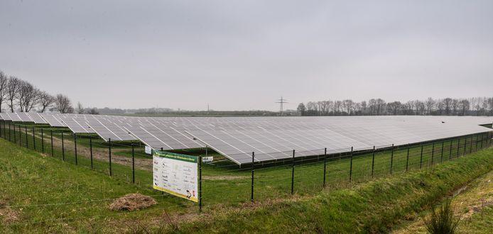 Het zonnepark van de Groene Weuste kon dit jaar rekenen op veel zon en dus een hoge opbrengst aan duurzame energie.
