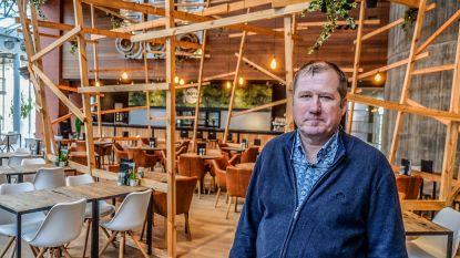 """Chris Bevernage zoekt overnemer voor Dots Bizz in stadhuis Auris: """"Ik wil mij concentreren op mijn drie zaken in de binnenstad"""""""