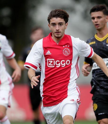 Nijmegenaar Tunahan Tasci maakt profdebuut bij Jong Ajax