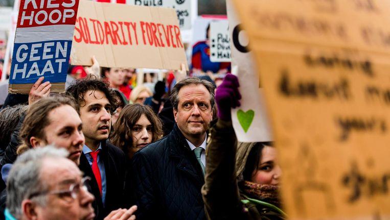 GroenLinks-leider Jesse Klaver en Alexander Pechtold bij de demonstratie op het Malieveld. Beeld ANP