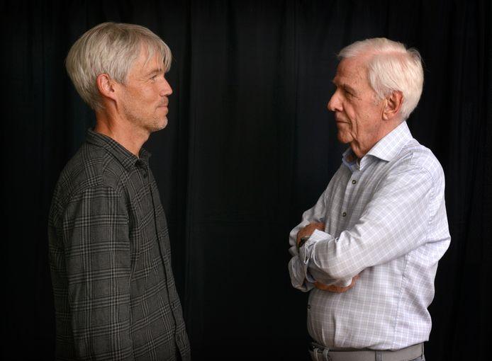Journalist Frank Timmers en oud-hoofdredacteur Wim Timmers