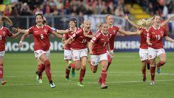 Football Talk buitenland: Deense vrouwen voetballen weer na financieel akkoord - UEFA start procedure tegen AS Roma