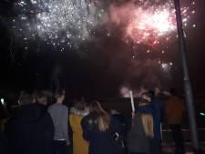 Is vuurwerkshow als in Reek professioneel evenement, ook als dat ónveilige gevolgen heeft?