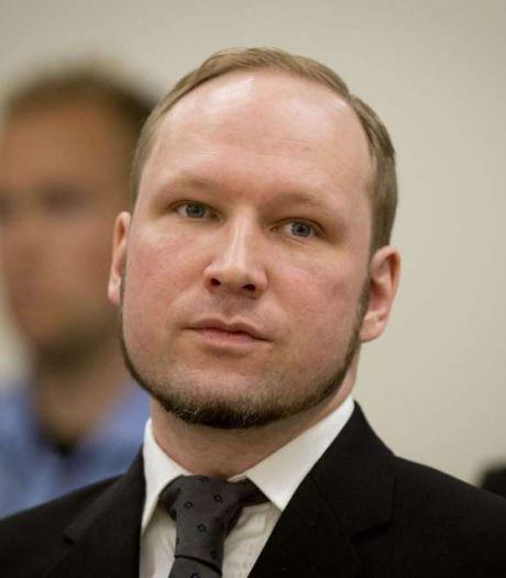 """Breivik """"torturé""""? La police classe la plainte"""