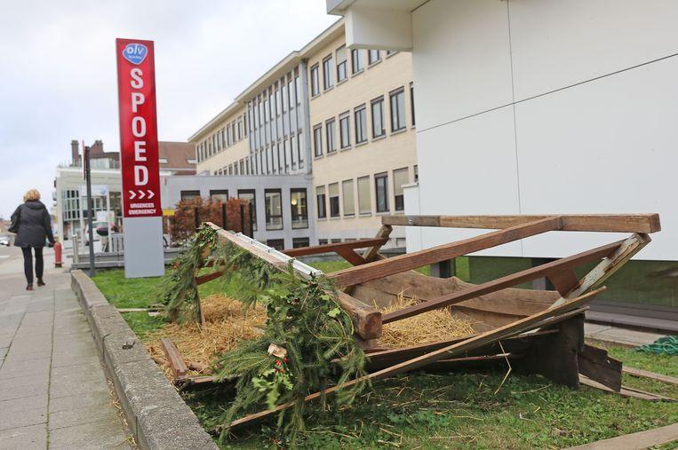 Het kerststalletje stond opgesteld aan het OLV-ziekenhuis in de Bloklaan.