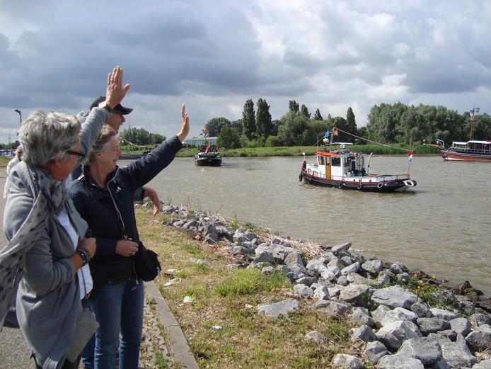 De vlootschouw tijdens de Havendag in Werkendam van 2016