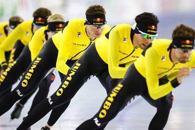 vijf-schaatsteams-krijgen-proflicentie-van--%E2%80%98ons-commerci%C3%ABle-topsportmodel-is-springlevend%E2%80%99