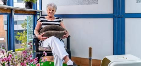 Geen asielkitten voor Tonny (76): 'Ze is afgewezen op haar oude gezicht'