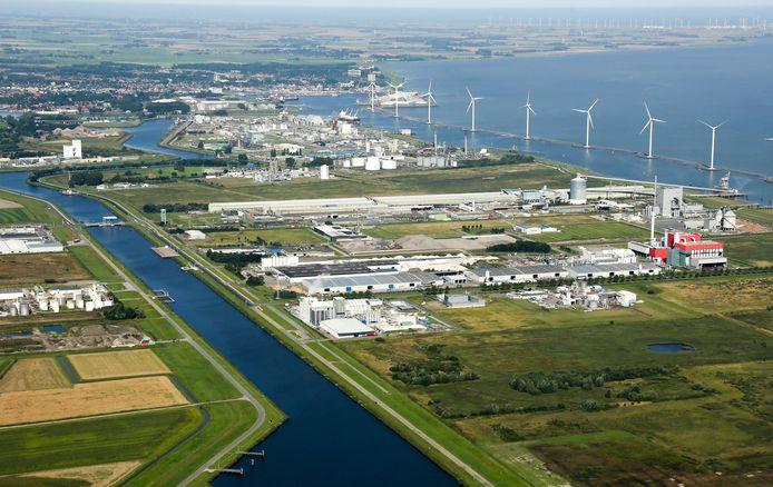 Industrie in Delfzijl.