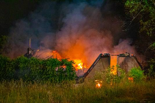 De grote brand aan de Oosterhoutsedijk in Lent.
