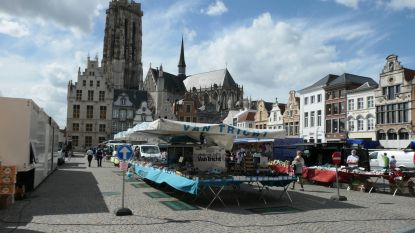 """Geen overrompeling op eerste zaterdagmarkt in Mechelen na lockdown: """"Ik had er misschien meer van verwacht"""""""