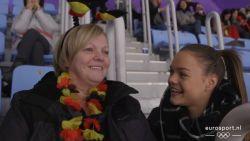 """Dankzij crowdfunding mocht fiere en geëmotioneerde mama van Jorik en Loena Hendrickx naar Winterspelen: """"We gunnen het haar zo hard"""""""