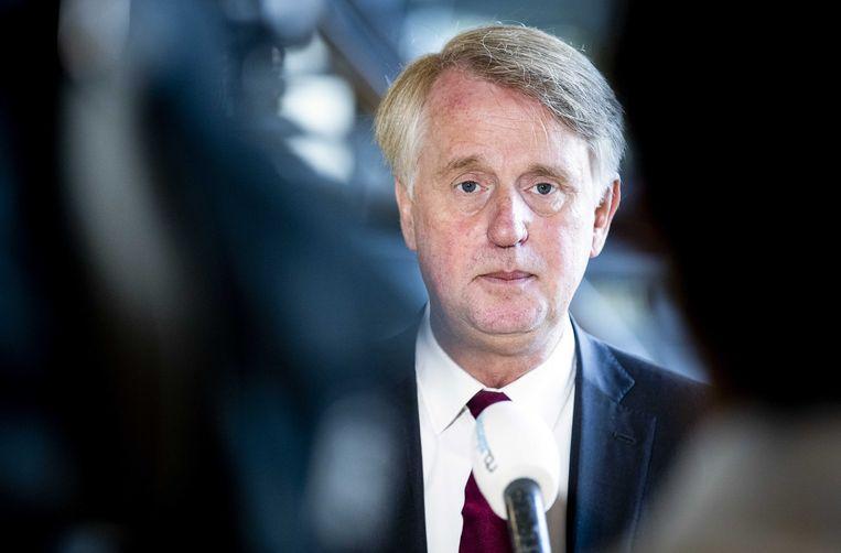 Schipholtopman Dick Benschop: 'We gaan ervan uit dat ook de politiek meewerkt aan de opening van Lelystad in november 2021. Voer het regeerakkoord uit.' Beeld ANP