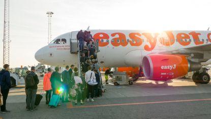Student dreigt met aanslag op vliegtuig... om bezoek van ouders te saboteren