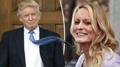 """""""Zijn haar wapperde tijdens de seks"""": Stormy Daniels geeft voor het eerst intieme details over passionele nacht met Donald Trump"""