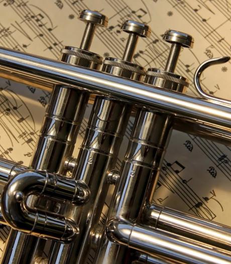 Yersekse fanfare stopt met muzikale kerstgroet om zes uur 's ochtends