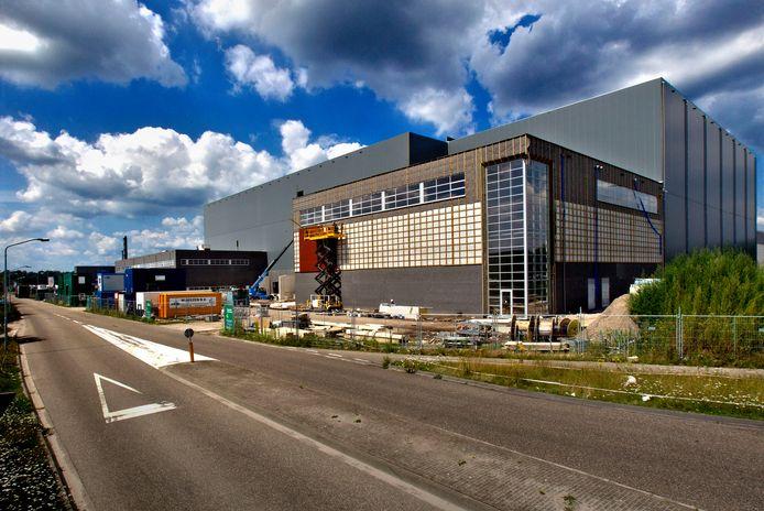 Het productiebedrijf van Van Rooi Meat aan de Roggedijk in Helmond.