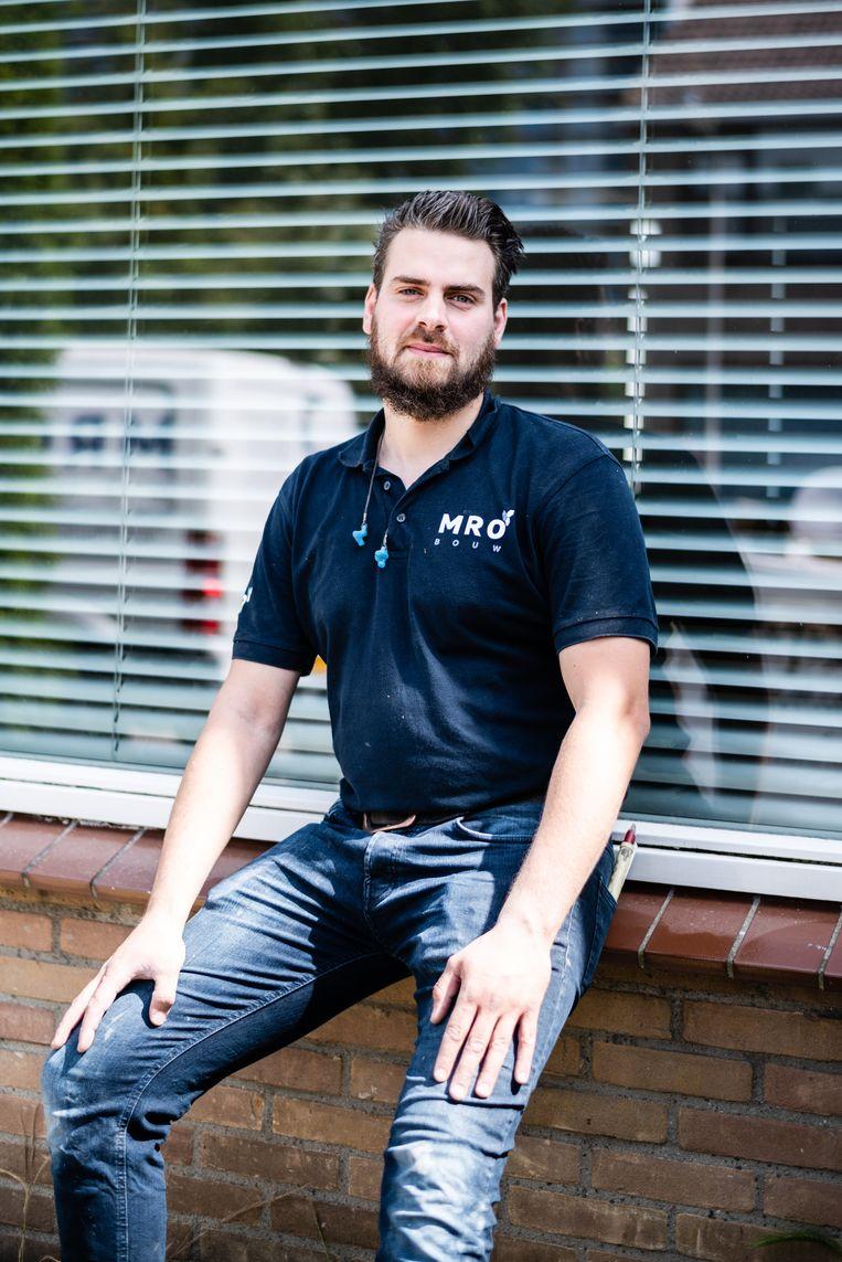 Mahmoud Maged, timmerman met eigen aannemersbedrijf in Velsen-Noord.  Beeld Katja Poelwijk