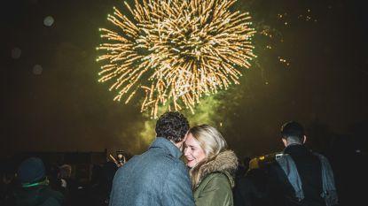 Knallend, knuffelend, feestend het nieuwe jaar in