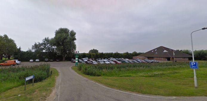 Er wordt al jaren door iedereen dankbaar gebruik gemaakt van de parkeerplaats bij het bezoekerscentrum.