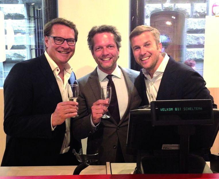 Met de crew van RTL Boulevard Beeld .