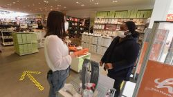Meerderheid HLN-lezers staat achter verplichting mondmaskers in winkels