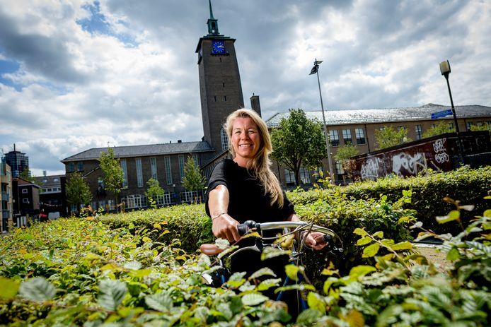 Marijn Mengels op een van haar favoriete plekken in de binnenstad: De Klokkenplas.