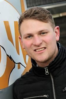 Niek van Zutphen (24) na overwinnen lymfeklierkanker terug onder de lat bij VOW: 'De wereld stortte echt even in'