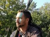 Woonbegeleider Rob Dollenkamp kruipt in het weekend in de huid van een viking