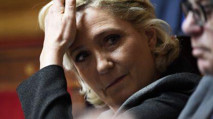 Marine Le Pen moet bijna 300.000 euro terugbetalen aan Europees Parlement