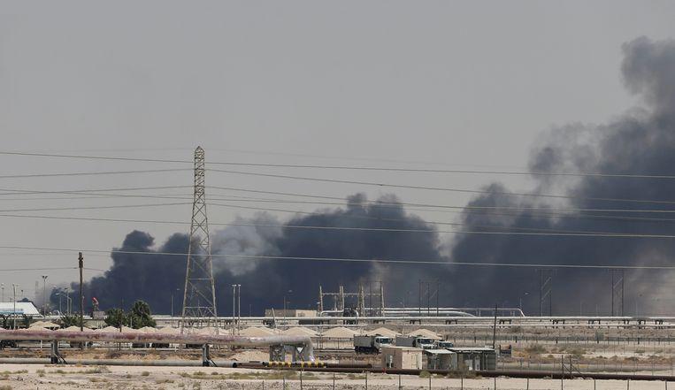 Door de aanvallen op de oliefaciliteiten in Abqaiq en Khurais lag zo'n 5 procent van de olieproductie wereldwijd plat.