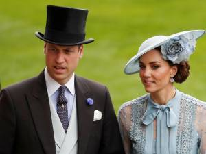 Le convoi officiel du prince William blesse grièvement une vieille dame