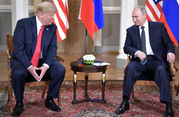 Niet de belangen van het Amerikaanse volk, maar de **privésores van Trump** staan voorop