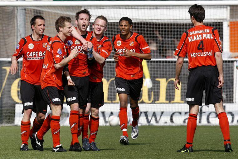 Spelers juichen na de gelijkmaker van Volendam. (ANP) Beeld