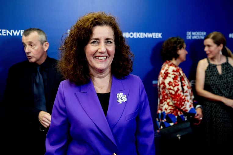 Minister Ingrid van Engelshoven van Onderwijs en Cultuur vrijdag op het Boekenbal in Amsterdam. Foto ANP  Beeld null