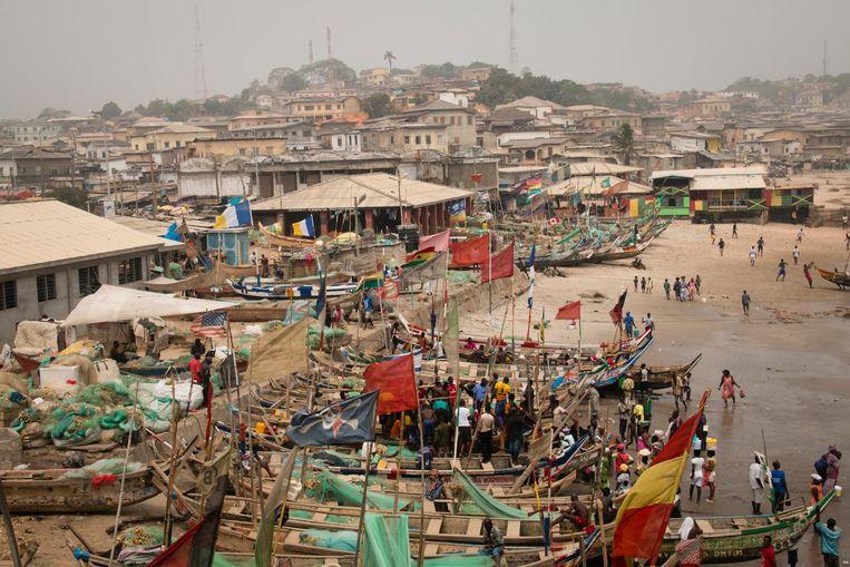 Accra is de hoofdstad van Ghana, hét economische centrum van het land, met tal van winkeltjes en markten.