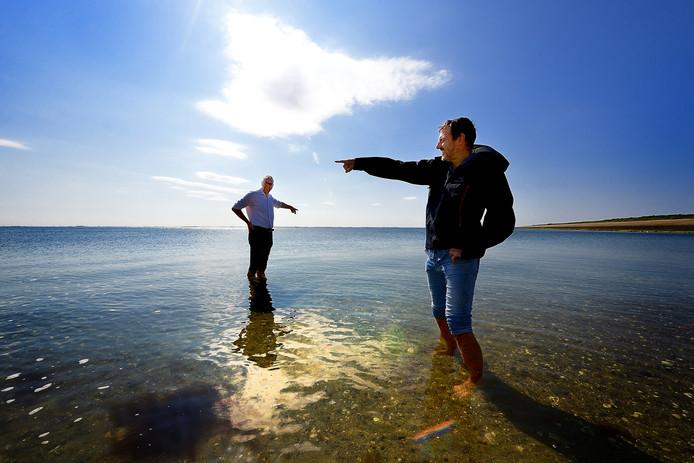 Architecten Ad en Ro met hun project geopark schelde delta over verdronken stad reimerswaal