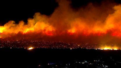 Apocalyptische beelden tonen vuurzee in Californië