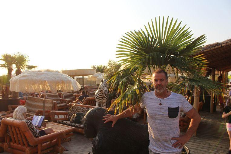 Kurt Govaere moet zijn strandbar Bamboo Beach voorlopig sluiten.